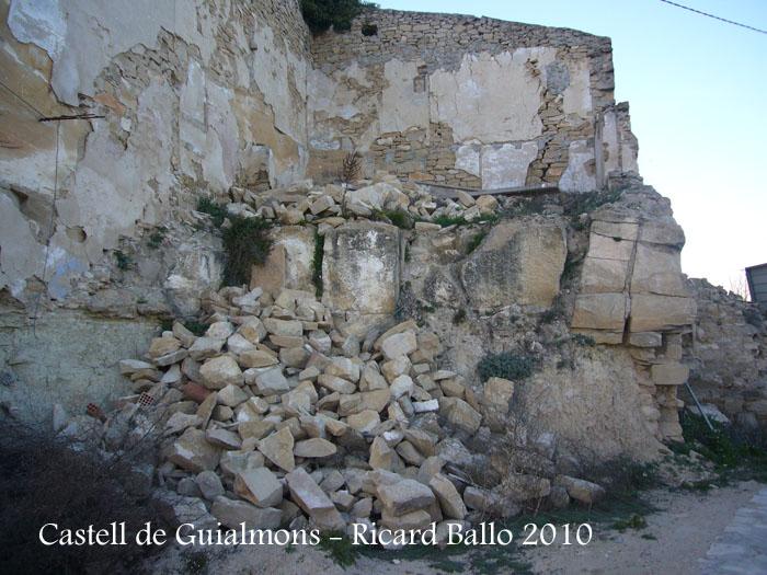 castell-de-guialmons-100327_515