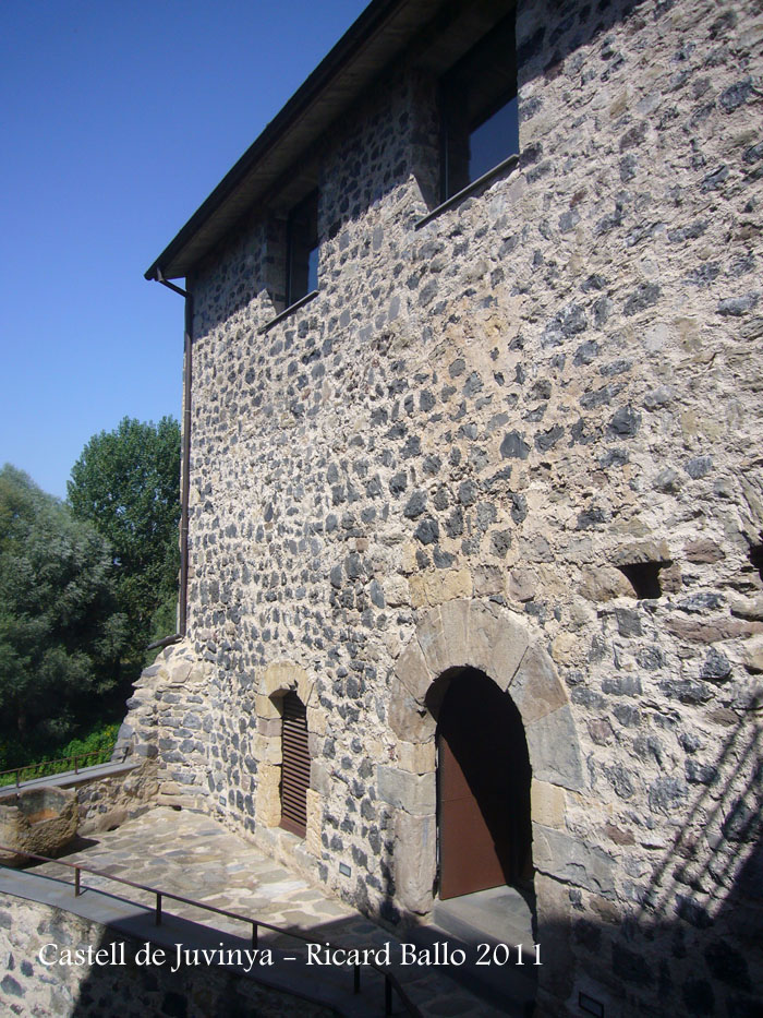 castell-de-juvinya-110822_545