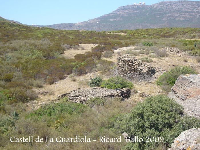 castell-de-la-guardiola-090729_512