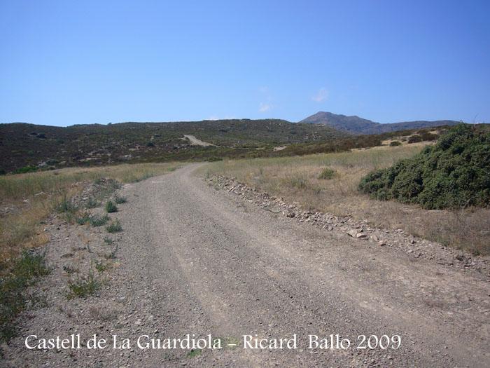 castell-de-la-guardiola-090729_527