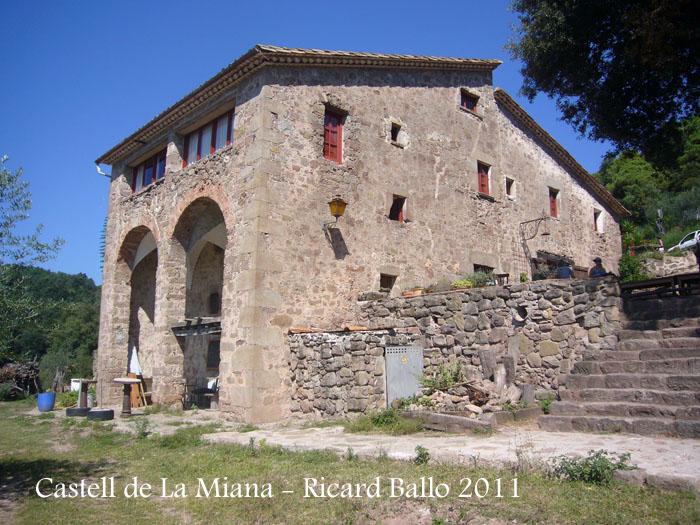 castell-de-la-miana-110909_550