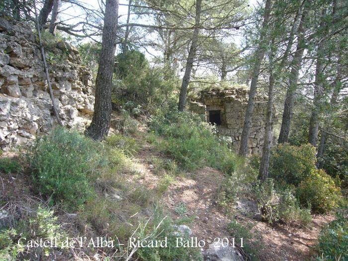 castell-de-lalba-110505_512