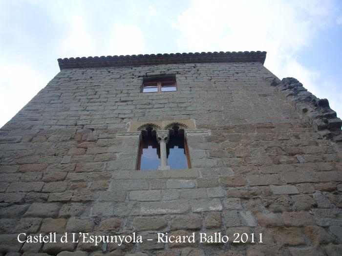 castell-de-lespunyola-110801_506
