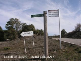 Castell de Llanera - En aquest lloc hem iniciat el camí al castell - Vegi's els indicadors..