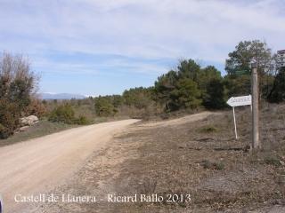 Castell de Llanera - En aquest lloc hem iniciat el camí al castell.