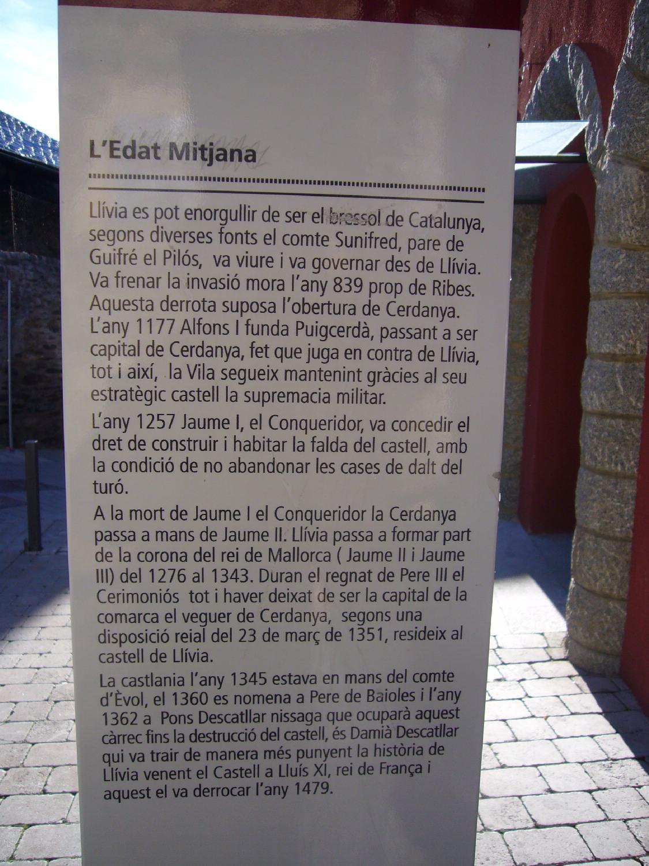 castell-de-llivia-101104_501