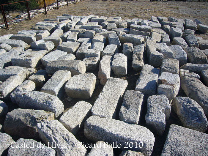 castell-de-llivia-101104_538