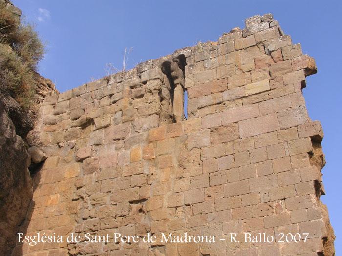 castell-de-madrona-070829_08