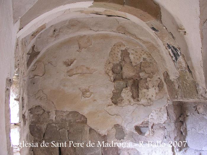 castell-de-madrona-070829_12