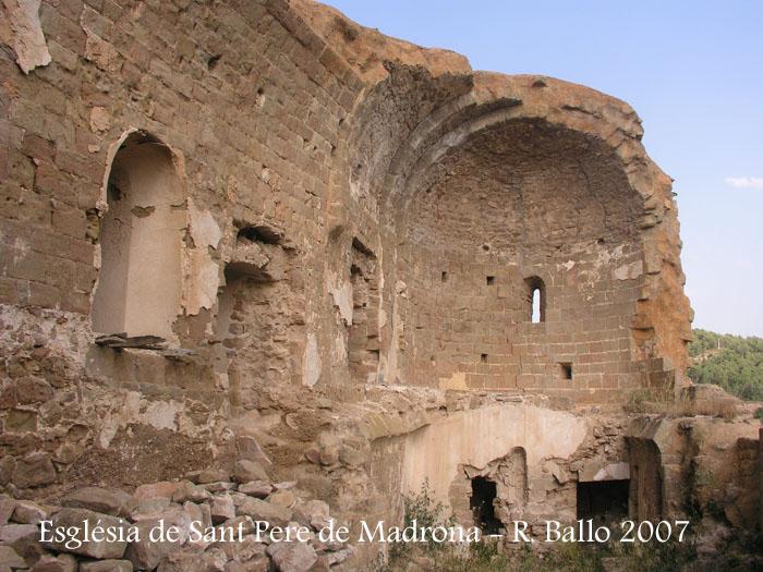 castell-de-madrona-070829_16