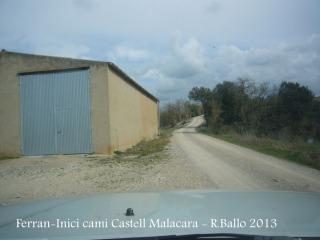 Primera part del recorregut al castell de Malacara, a la sortida de Ferran.