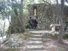 Castell de Malavella - Si no anem errats, es tracta d\'un tram exterior de la antiga muralla, utilitzat ara com lloc de culte.
