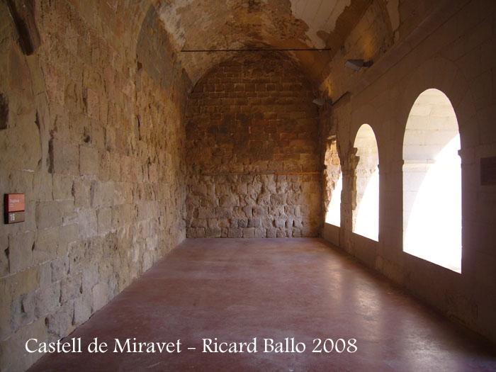 castell-de-miravet-080912_586