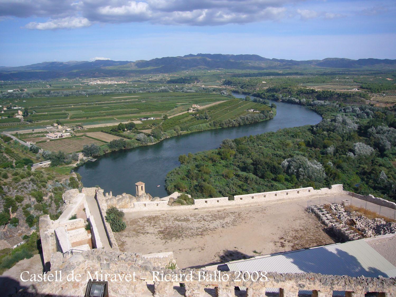 castell-de-miravet-080912_594