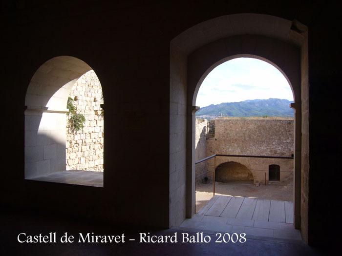 castell-de-miravet-080912_601