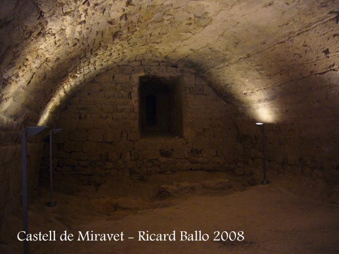 castell-de-miravet-080912_611