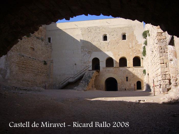 castell-de-miravet-080912_619