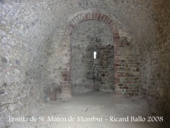 Ermita pre-romànica de Sant Mateu de Montbui