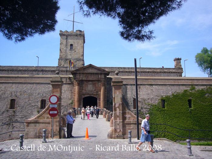 castell-de-montjuic-080506_512