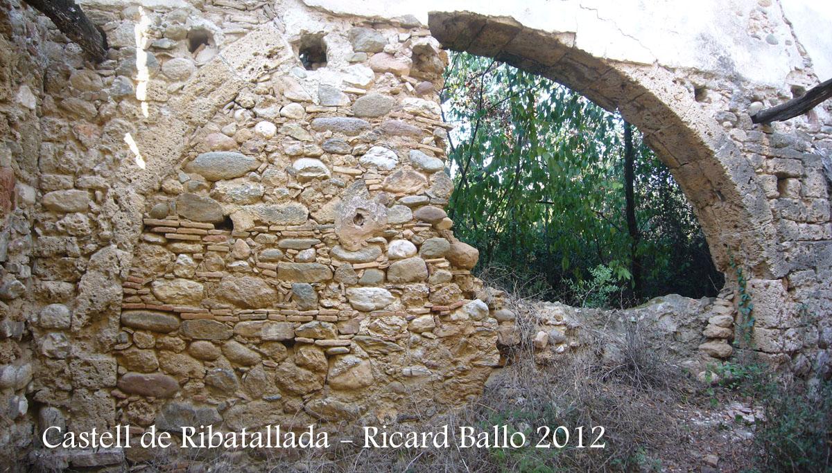 castell-de-ribatallada-120907_521-522