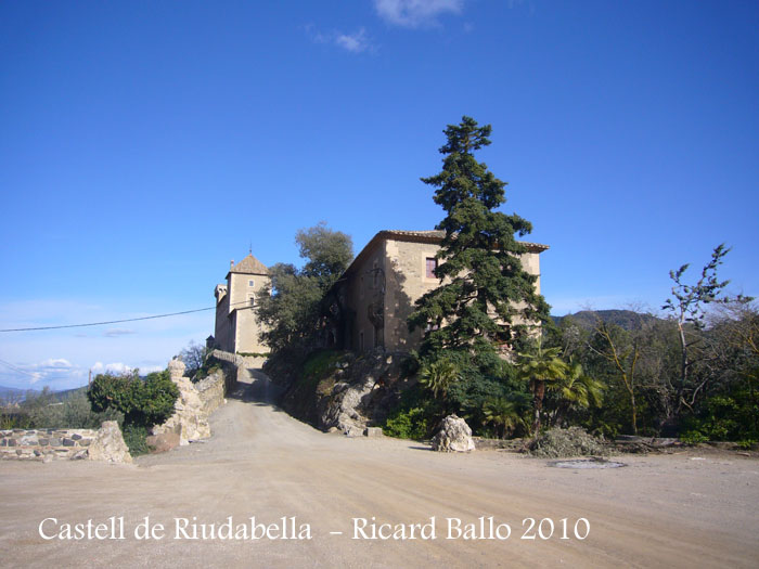 castell-de-riudabella-100401_502