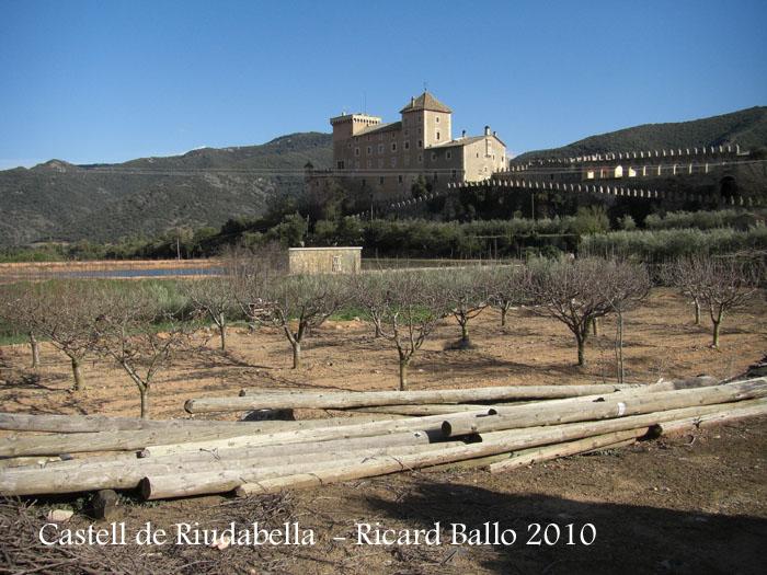 castell-de-riudabella-100401_701