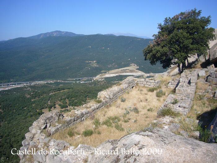 castell-de-rocaberti-090805_546
