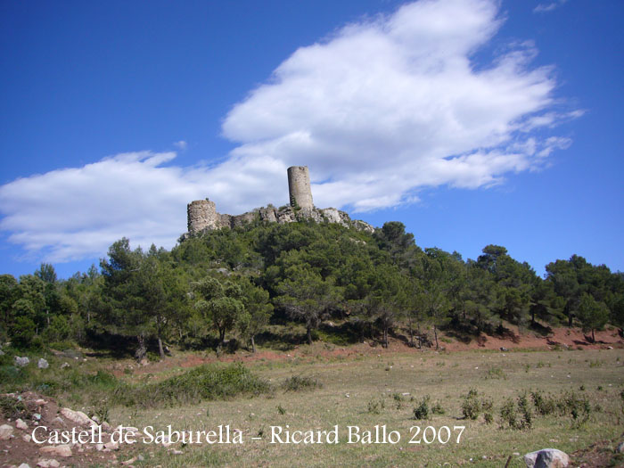 castell-de-saburella-070602_510