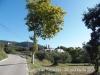 A l'esquerra de la fotografia veiem  el Castell de Samalús – Cànoves i Samalús. A la dreta el campanar de Sant Andreu-Cànoves i Samalús.