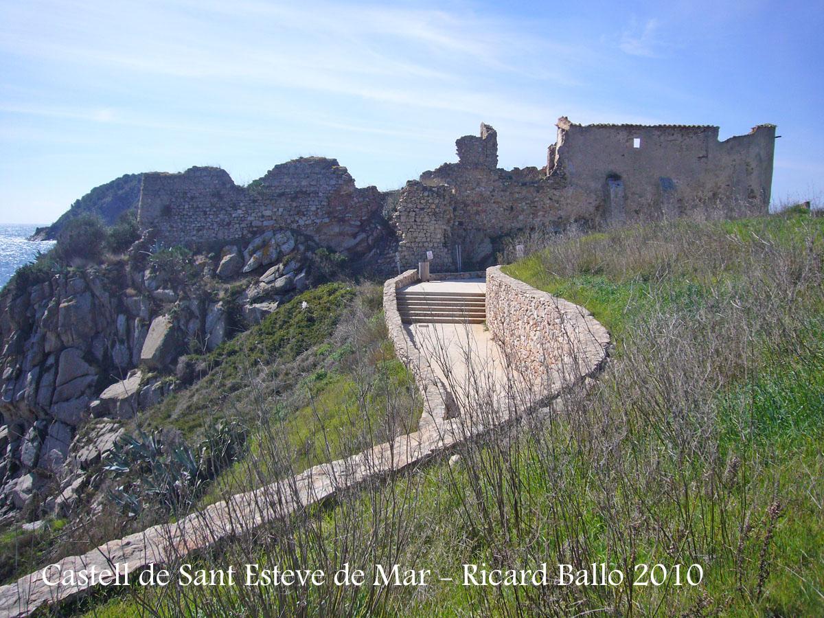 castell-de-sant-esteve-de-mar-100206_503bis