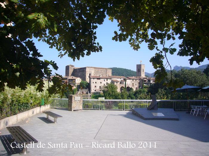 castell-de-santa-pau-110823_530