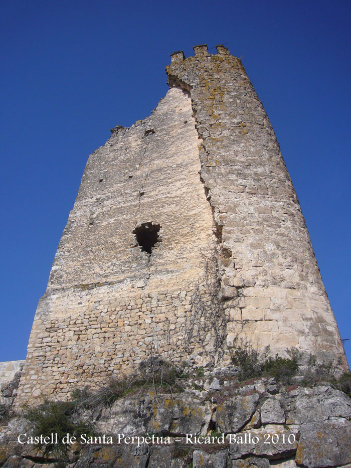 castell-de-santa-perpetua-100316_512