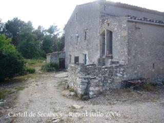 Torrelles de Foix - Les Llambardes - Masia de Can Solé Nou