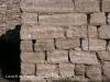Castell de Timor - Vegi\'s la mida de les pedres de l\'edificació, en comparació amb la llargada del bastó.