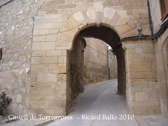 castell-de-torregrossa-100403_526