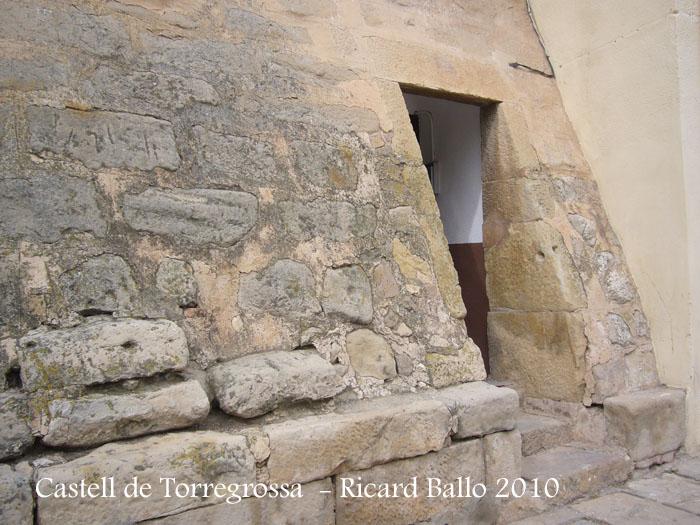 castell-de-torregrossa-100403_532
