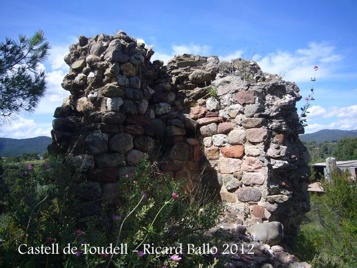 castell-de-toudell-120505_518
