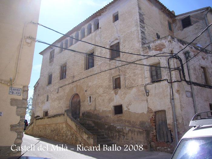castell-del-mila-080503_513