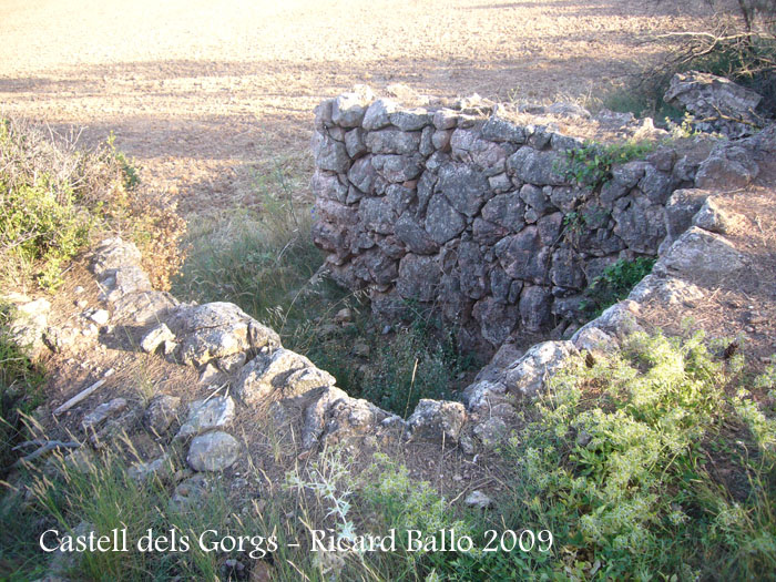 castell-dels-gorgs-090801_510