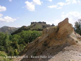 Castell d'Erillcastell - L'edificació ha estat visible a la darrera part del recorregut.