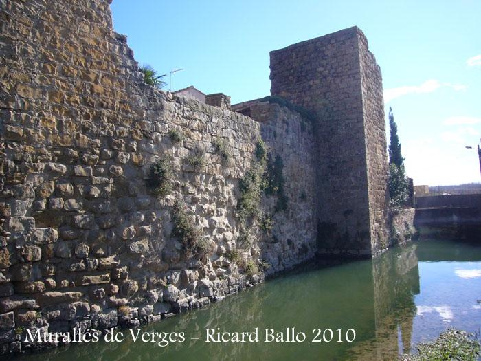 castell-i-muralles-verges-100206_514