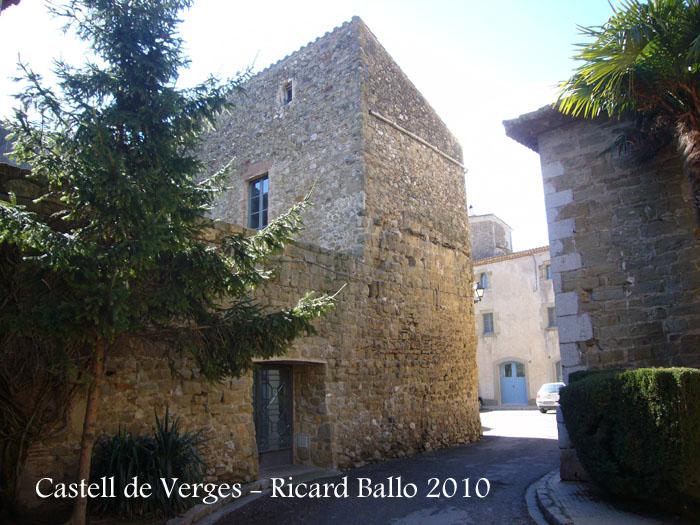 castell-i-muralles-verges-100206_537