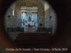 Ermita de Sant Antoni –  Sant Llorenç de la Muga - Fotografia aconseguida adossant l'objectiu de la màquina de retratar al vidre de la porta d'entrada.