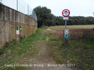 Camí a l\'Ermita de Sant Llop – Vilobí d\'Onyar