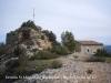 Ermita de Sant Miquel de Montclar / Pontils - Al costat les restes del castell de Montclar.