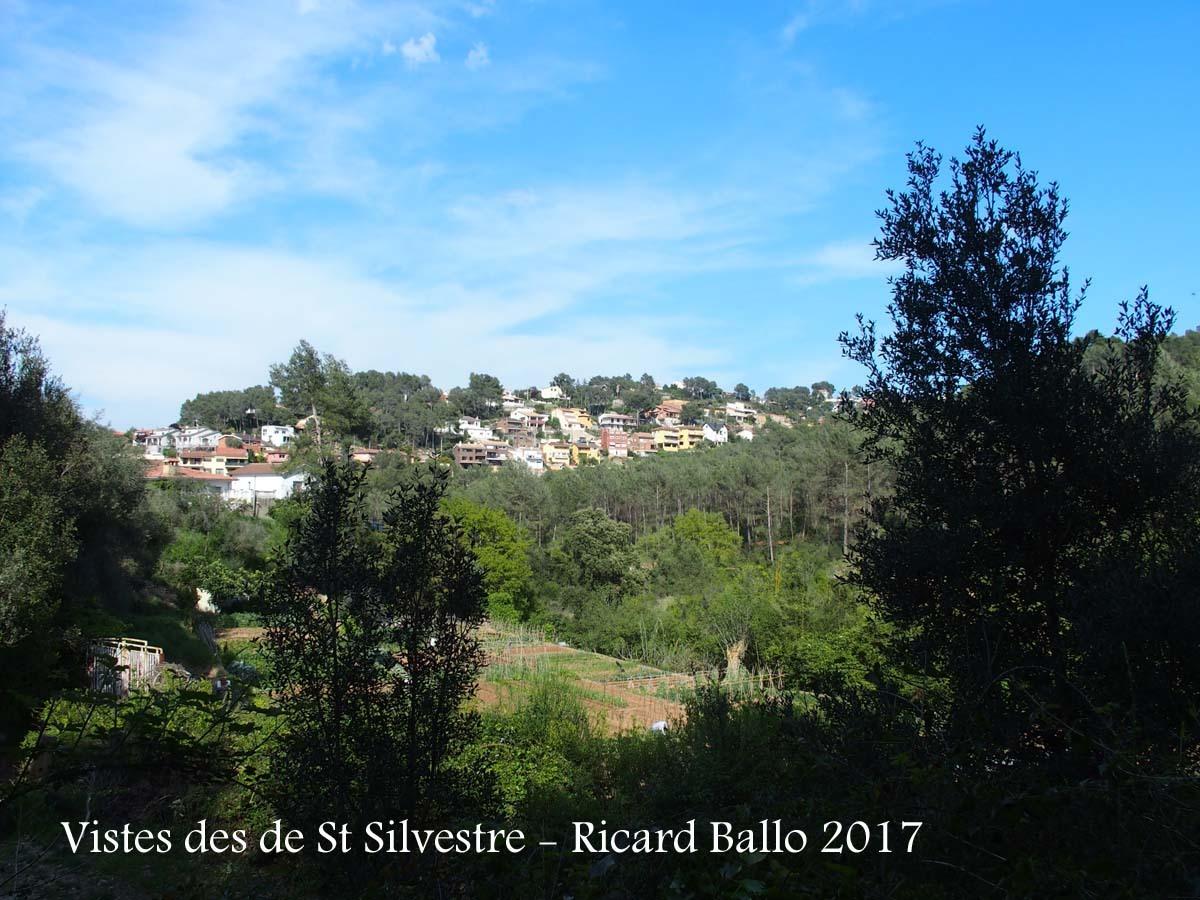 Vistes des de l\'Ermita de Sant Silvestre – Vallirana