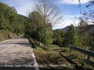 Inici camí a peu a l'ermita de Santa Cecília