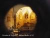 Interior de l'Ermita de Togores – Sabadell - Fotografia obtinguda introduint l'objectiu de la màquina de fotografiar per una petita obertura que hi ha a la porta d'entrada.