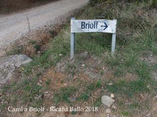 Camí a l\'Església de Sant Esteve de Briolf