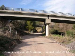 Camí d'accés a l'església de Sant Amanç - Rajadell - Calçades de l'autovia C-25.